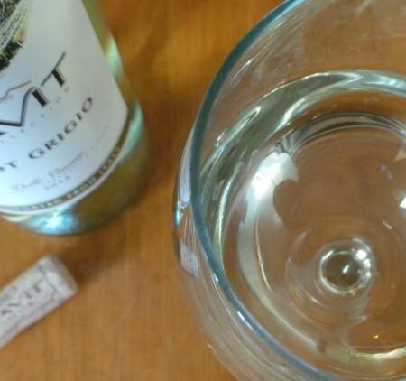Cavit Pinot Grigio 2012 | In Mama Maggie's Kitchen