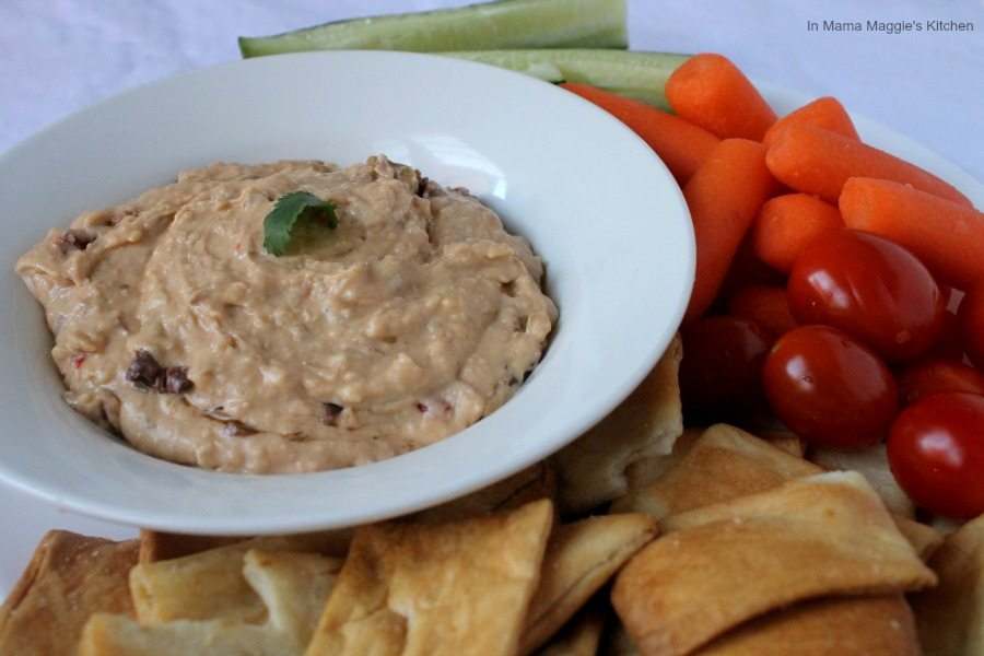 White Bean and Olive Dip, this is a great healthy alternative to hummus. Sure to be a hit at your next party. - by Mama Maggie's Kitchen
