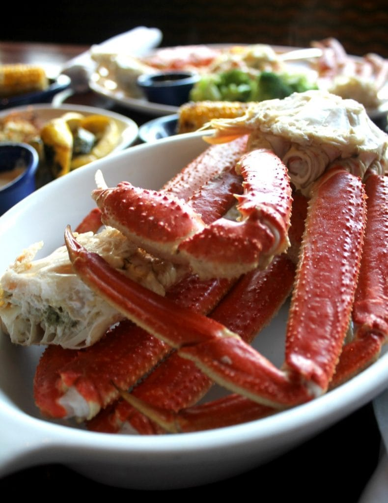 Alaska Bairdi Crab Legs at Red Lobster - by Mama Maggie's Kitchen