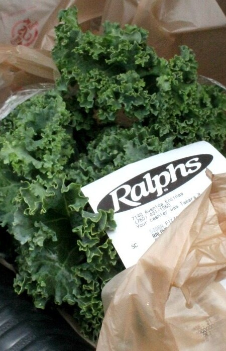 Ralphs new ClickList is every busy person's dream. Drive up, and they bring out your grocery straight to your car. Love it! - by Mama Maggie's Kitchen