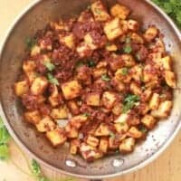 Chorizo Con Papas is a true Mexican classic that's full of bold flavors and very satisfying. By Mama Maggie's Kitchen