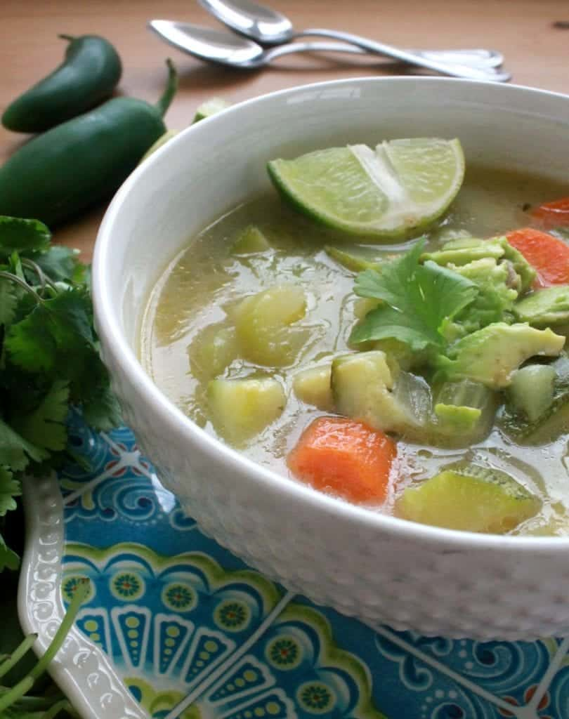 The Caldo de Verdura or Mexican vegetable soup is full of delicious flavors. A comforting and warm soup, perfect for cold winter days. By Mama Maggie & # 39; s Kitchen