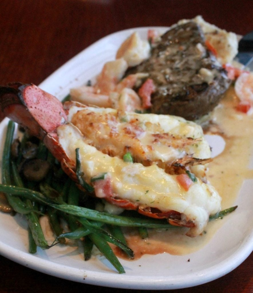 The Lobsterfest is back at Red Lobster, and it is delicious! With several new and old favorites that you are sure to enjoy. What Lobsterworthy event will you be celebrating? By Mama Maggie's Kitchen