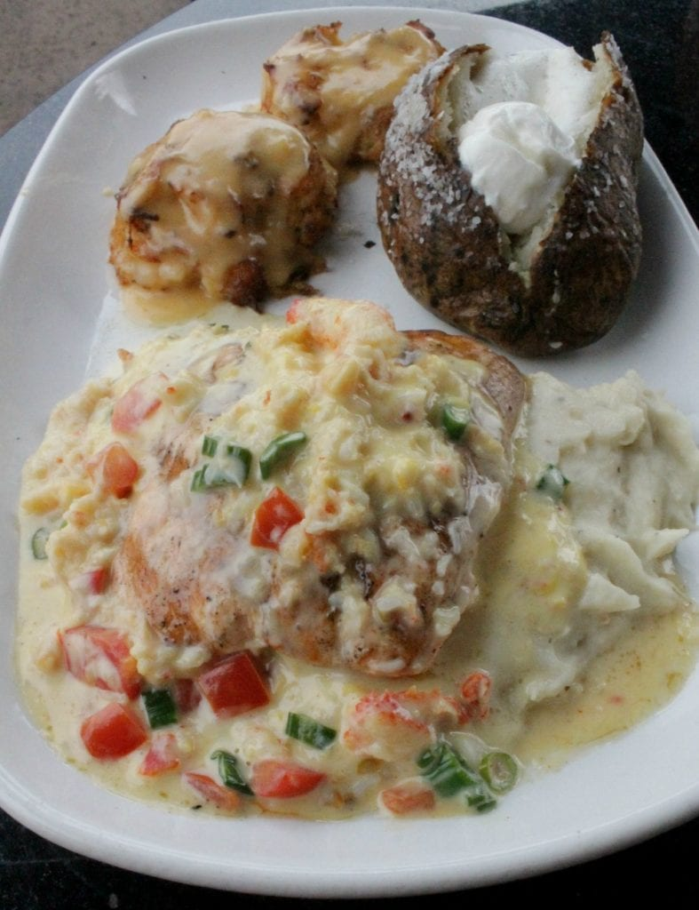 Crab Cakes and Crab-Oscar Salmon at Red Lobster