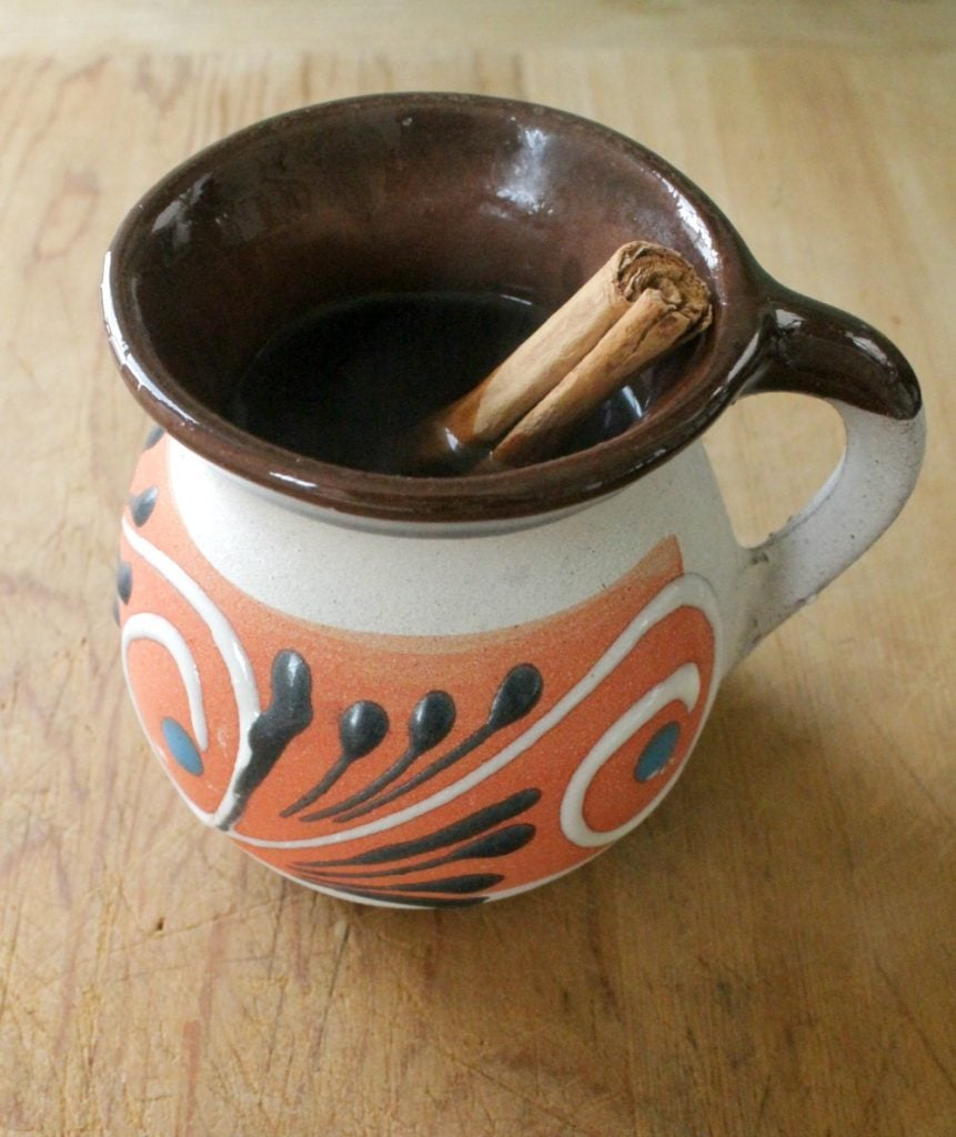 Café de la Olla is a traditional coffee drink from Mexico. Sweet and delicious. It's the perfect way to start the day. By Mama Maggie's Kitchen