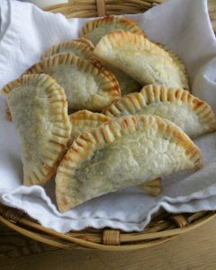 Pumpkin Empanadas make yummy, Mexican treats for the holidays or delicious dessert. by Mama Maggie's Kitchen