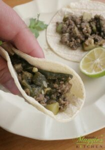 You won't miss the meat with these Lentil and Poblano Chile Tacos (Tacos de Lentejas y Rajas de Chile Poblano). So yummy, so delicious, and 100% vegan. Top with salsa, and serve with refried beans. Hope you enjoy! By Mama Maggie's Kitchen