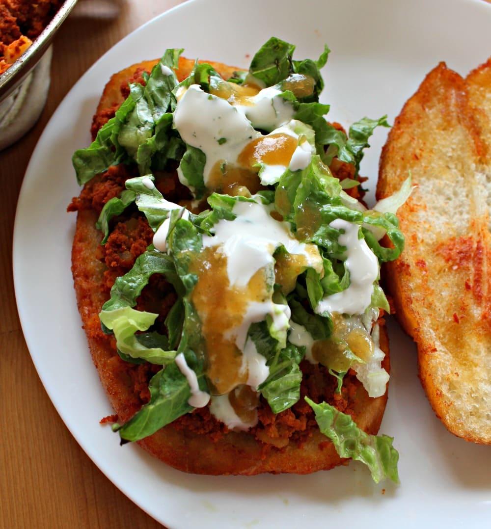 Building a pambazo sandwich