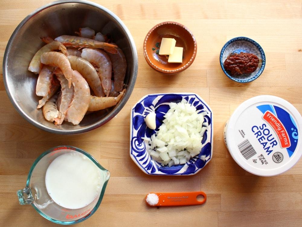 Ingredients for Camarones en Crema Chipotle