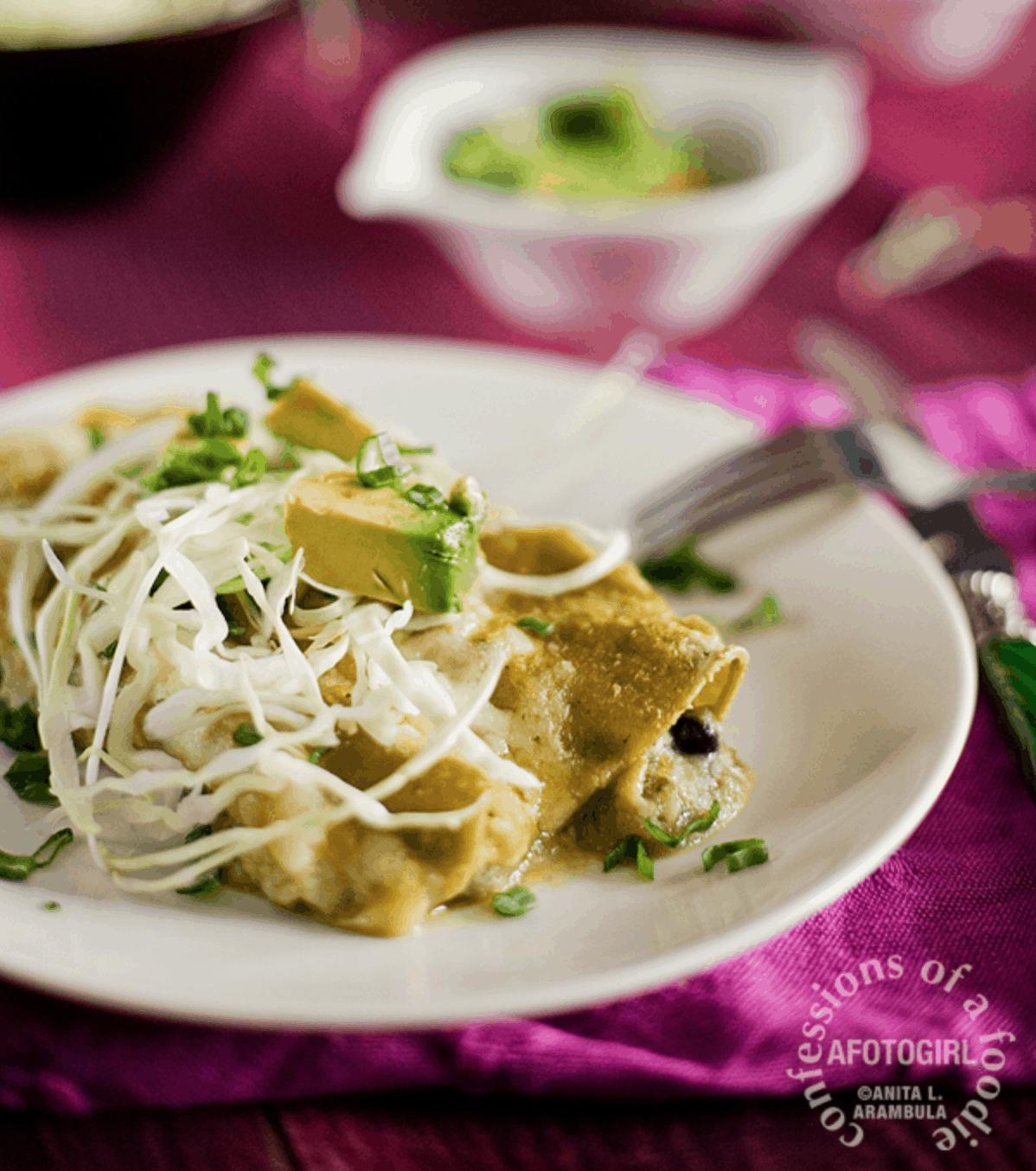 https://www.confessionsofafoodie.me/2013/03/easy-black-bean-enchiladas.html